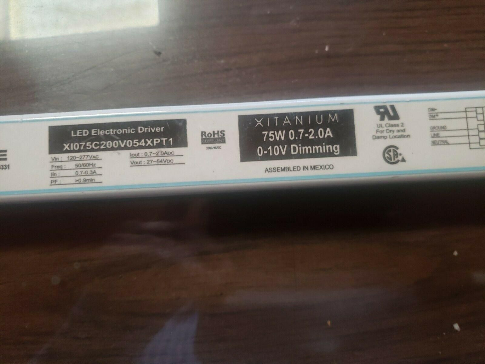 Philips Advance X1075C200V054XPT1  0-10V driver 75W OUT OF BOX 14661/4