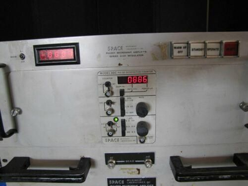 ^^SPACE MICROWAVE PULSED MODULATOR AMP #6001 / 66320-F38H70 3.8-7.0 GHZ (#2404)