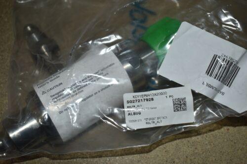 ^^ SWAGELOK KCY1EPM412A20G00 REGULATOR - NEW OPEN BOX  (YH58)