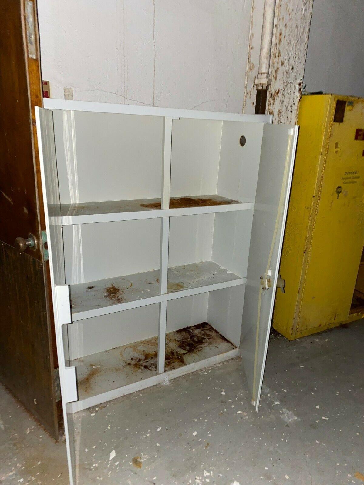 45 Gal Acid / Corrosives White Safety Storage Cabinet