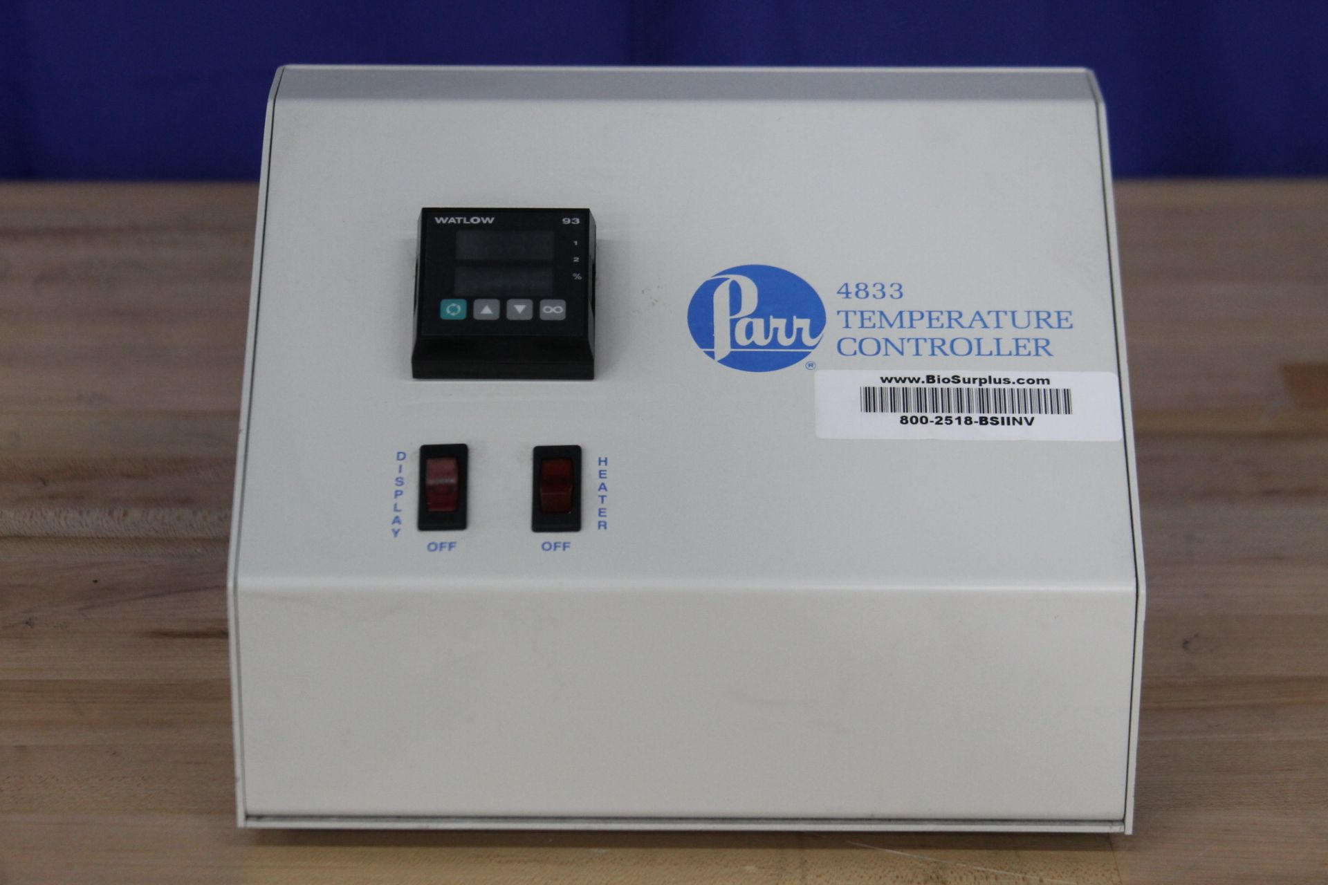 Parr Instruments Co. 4833 Temperature Controller (800-2518)