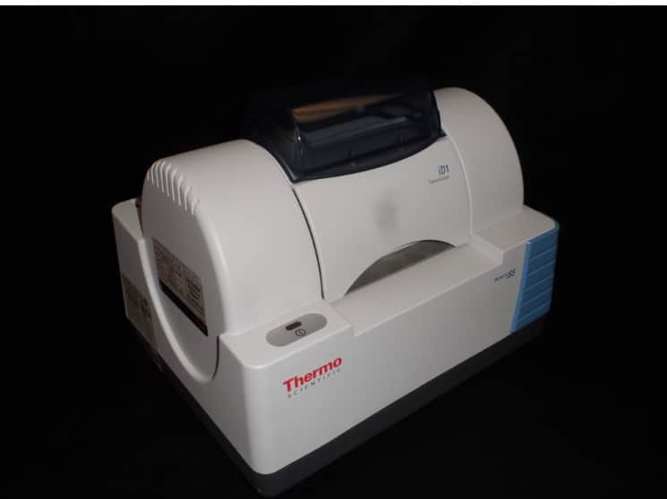 Thermo Scientific Nicolet iS5 FT-IR Spectrometer with iD7 & iD1 Modules