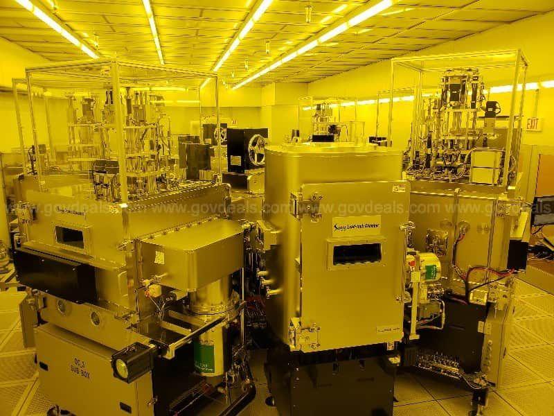 Sunic Sunicel Plus 400 OLED Deposition System