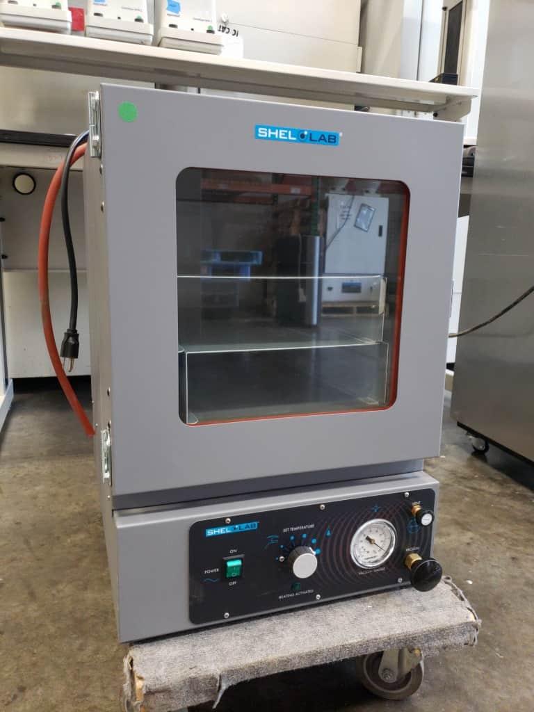Vacuum oven:  Shel Labs SVAC2E - Excellent condition