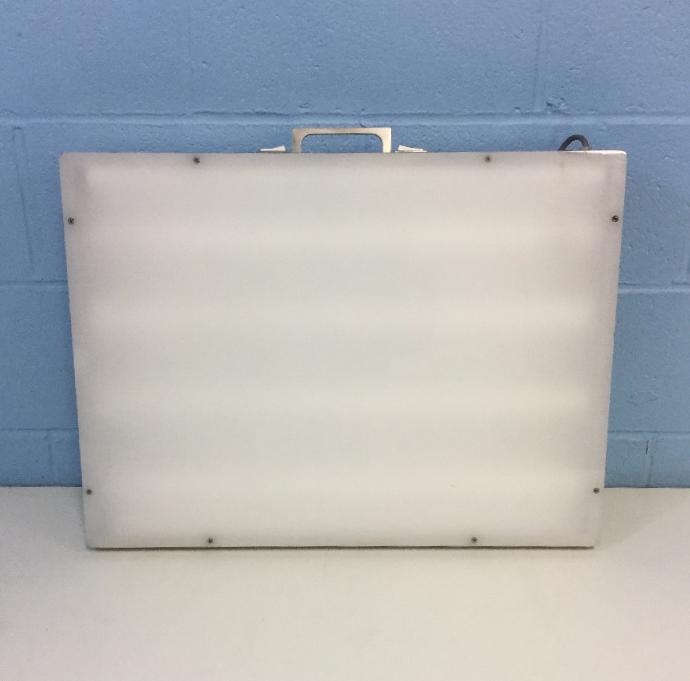 Laboratory Supplies G129E2 Light Box