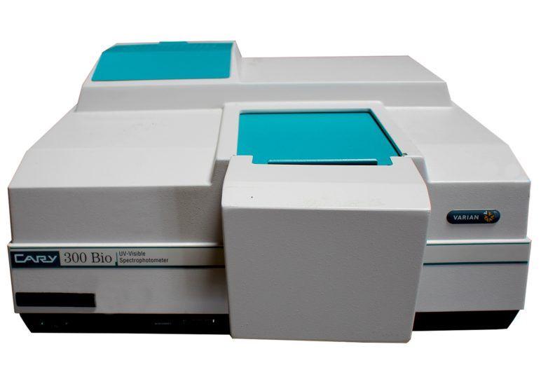 Varian Cary 300 UV-Vis Bio Spectrophotometer