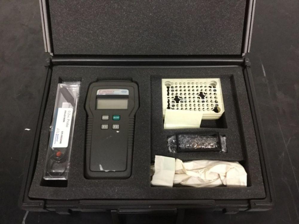 Alpha Technics 4500NV Thermometer