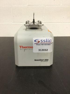 Thermo Scientific NanoDrop 2000 Spectrophotometer