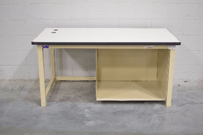 Phoenix Workstations 5' Stationary Lab Table