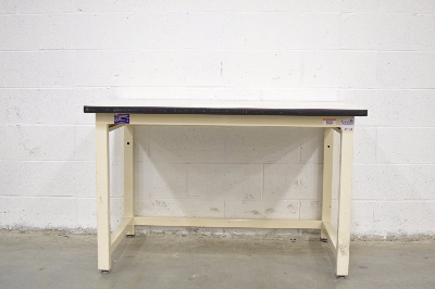 Phoenix Workstations 4' Stationary Lab Table