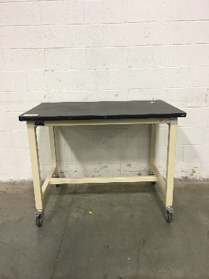 4' Phoenix Workstations Portable Lab Table