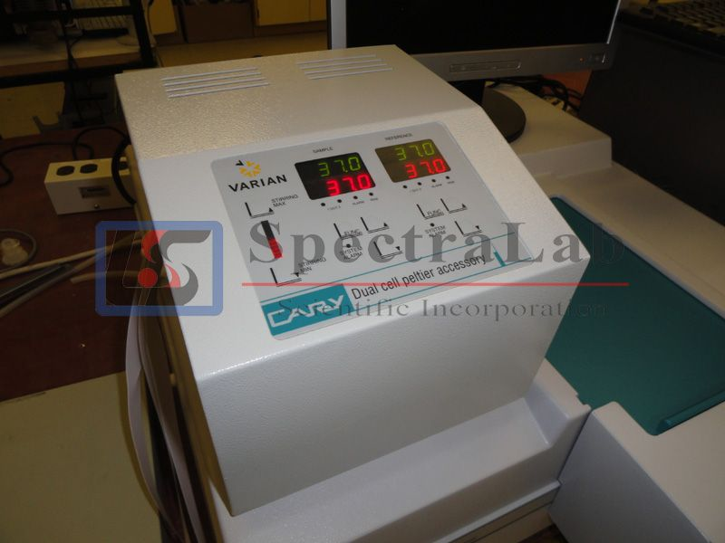 Varian Cary 300 Bio UV-Visible Spectrophotometer with Cary dual cell peltier accessory