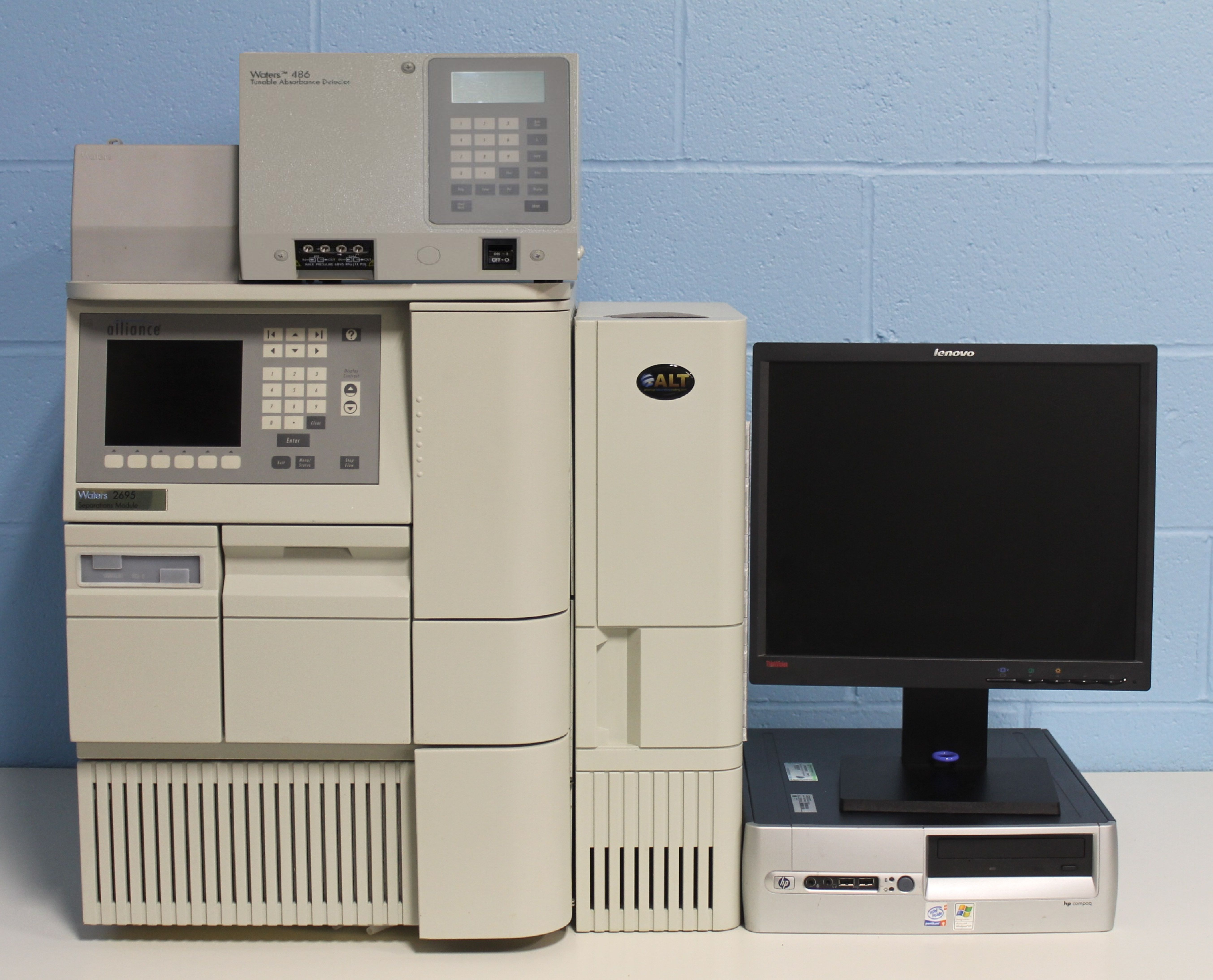 Waters Alliance 2695 HPLC with 486 Tunable Absorbance Detector