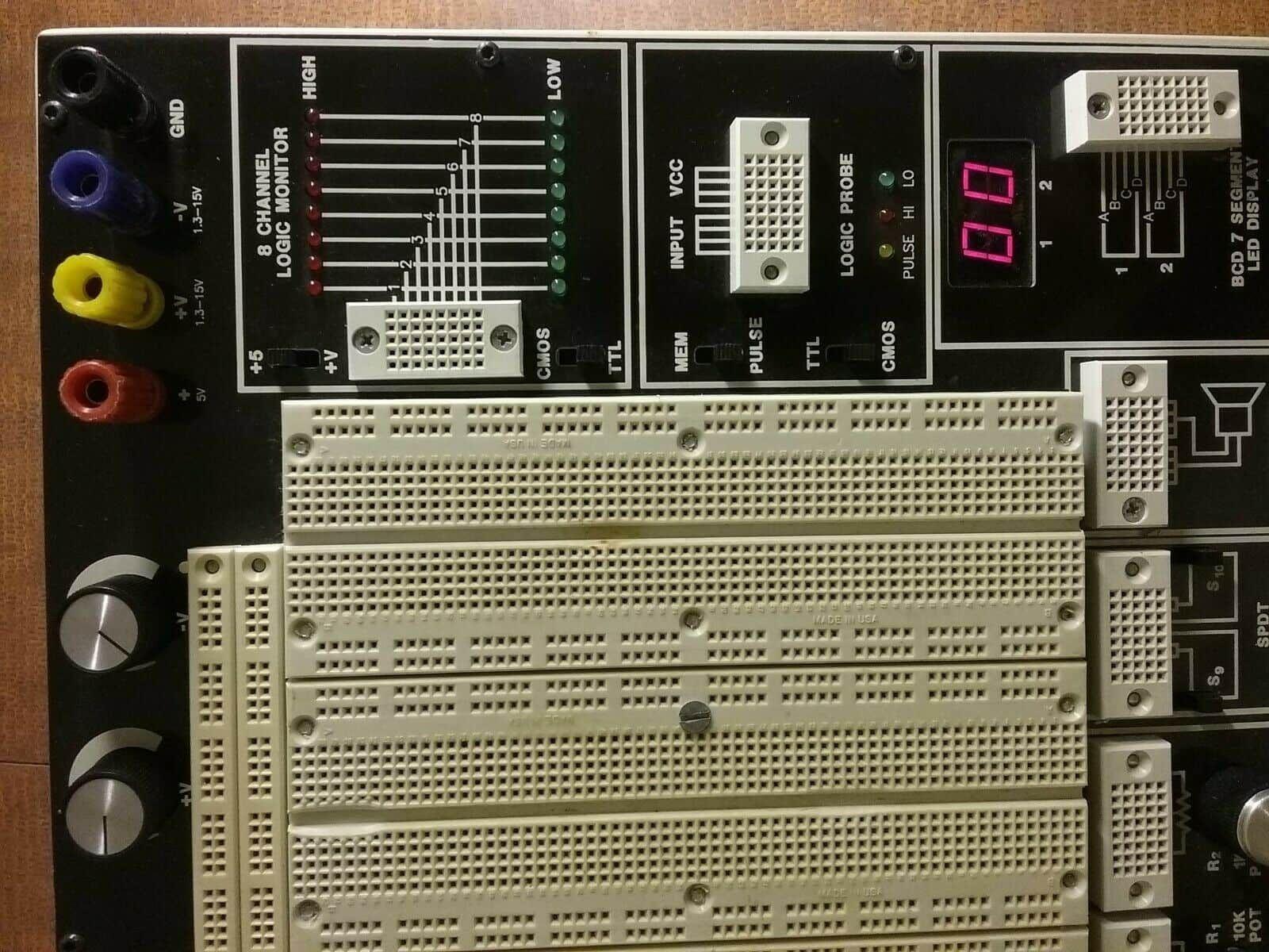 E&L Instruments C.A.D.E.T II 325-1449 Digital Electronics Trainer