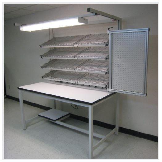 Table Model FR-104P – Flow Rack Shelf Workstation