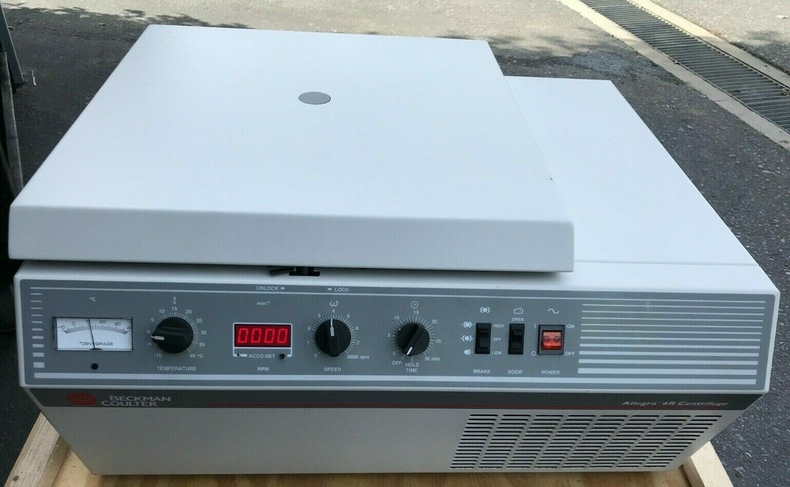 Beckman Coulter Allegra 6R Refrigerated Centrifuge