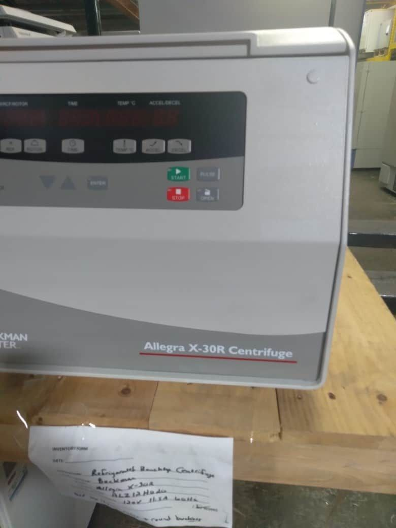 Beckman Allegra X-30R refrigerated benchtop centrifuge with SX4400 bucket rotor