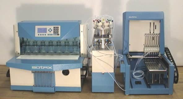 Sotax CE7 Smart Dissolution System with CY7-50 Pump, C-613 Sample Collector, 7-Kanal Syringe Dispenser and Tube Holder Tray