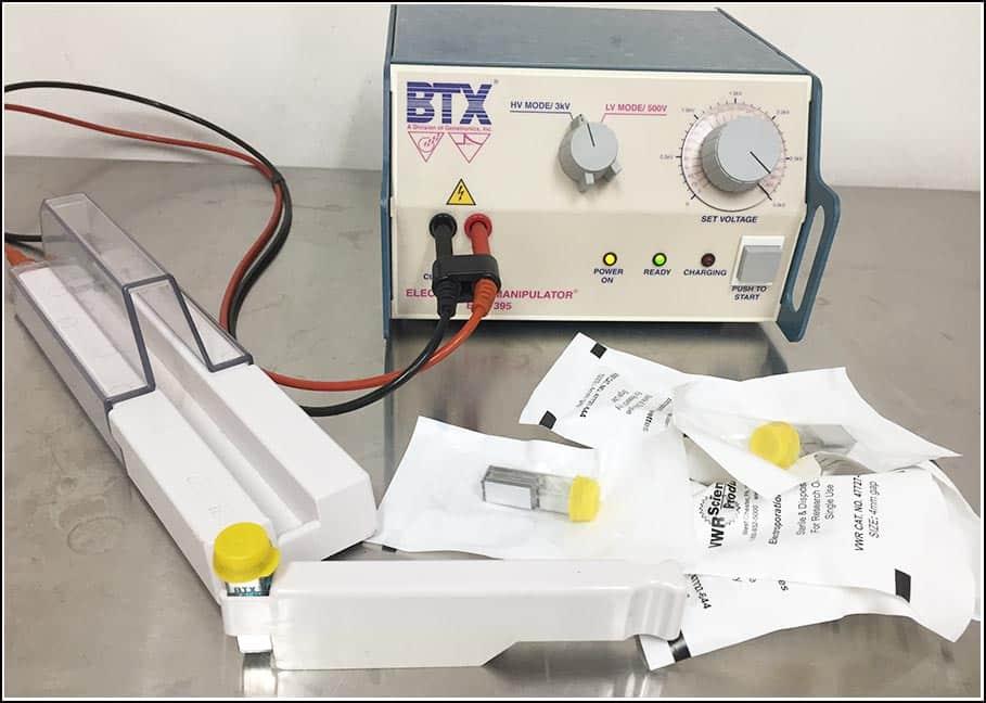 BTX ECM 395 Electroporator Cell Porator 0-3000V w WARRANTY