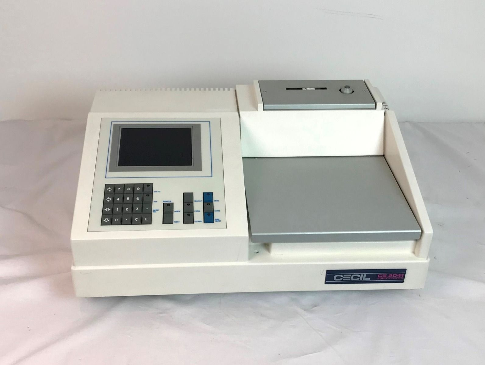 Cecil CE2041 UV/Vis Spectrophotometer