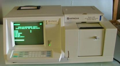 LAB EQUIPMENT Hitachi U-2000 double beam UV-VISIBLE scanning spectrophotometer S/N: 9223-017, part n