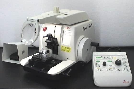 Leica RM2165 Microtome
