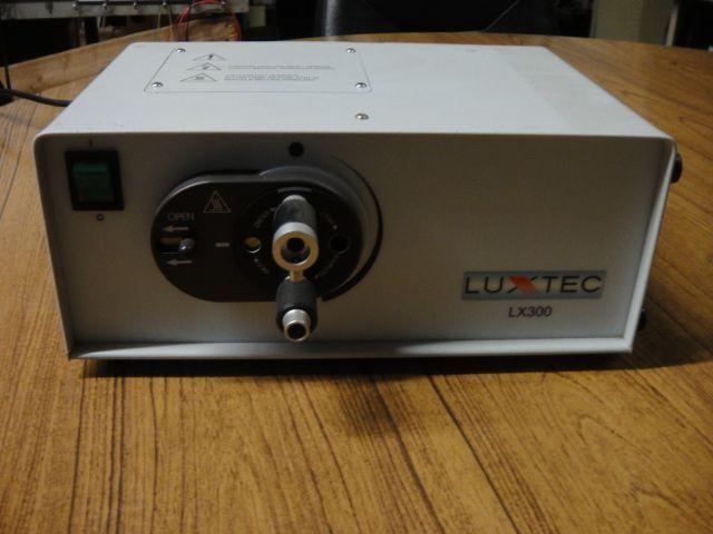 Luxtec LX 300 Light Source & Luxtec Fiberoptic Endoscope Cable