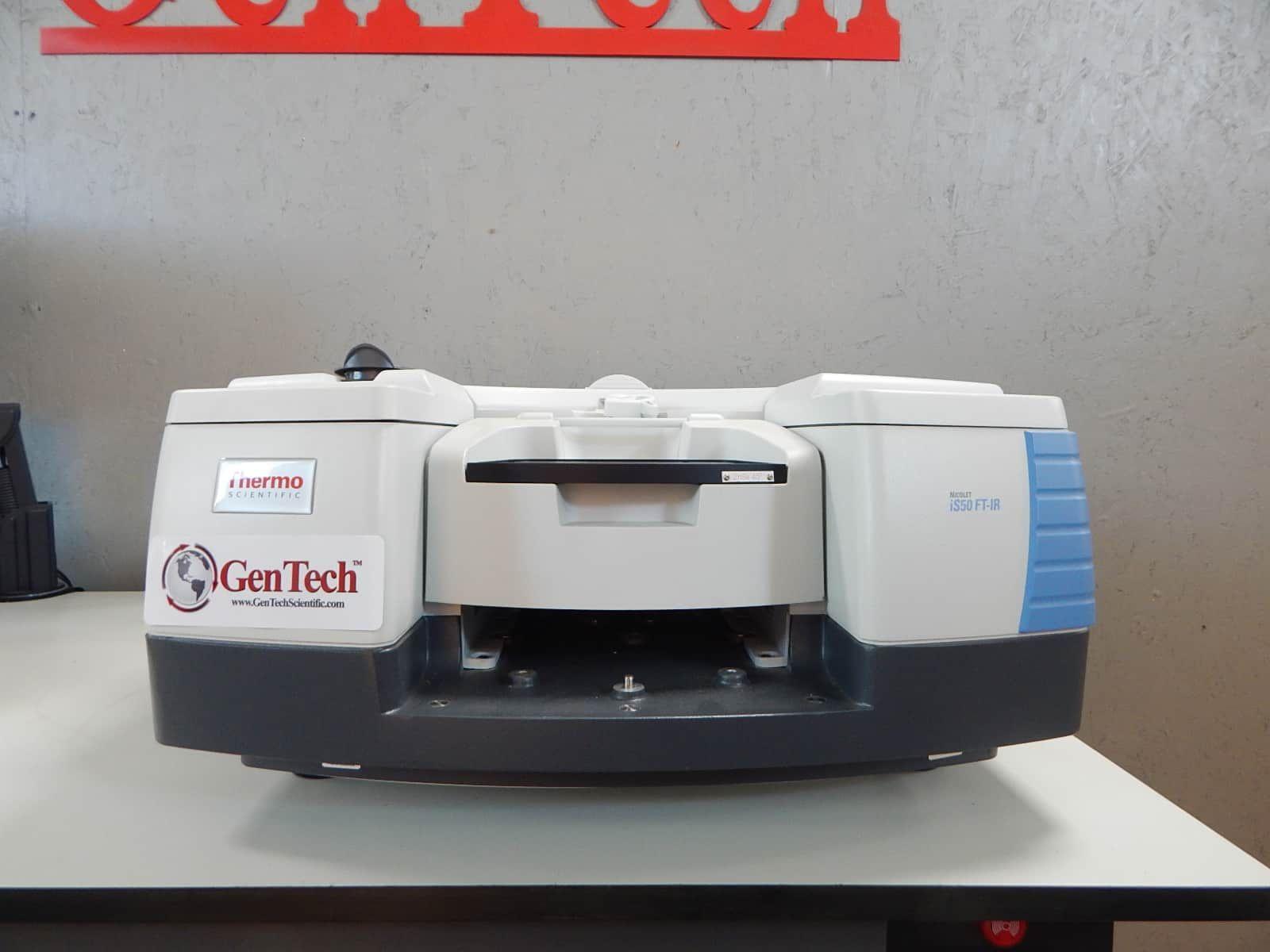 Thermo Nicolet iS50 FTIR Spectrometer