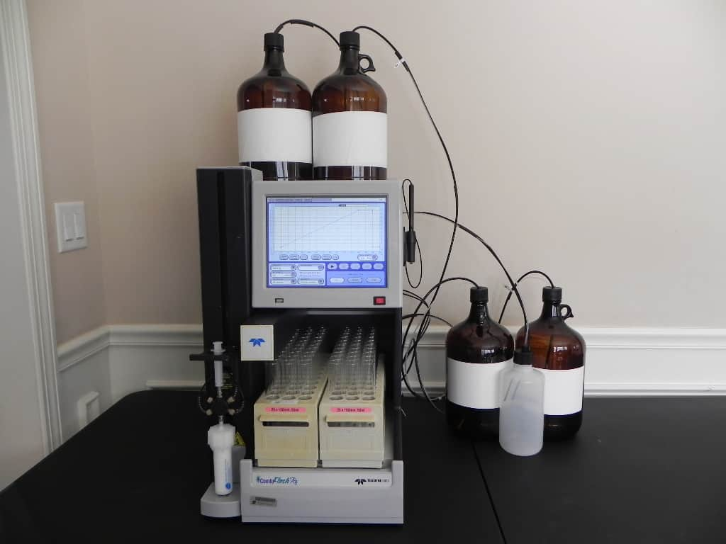 Fully functional, excellent condition Teledyne ISCO Combiflash RF-200 automated flash chromatography system for normal and reverse phase separations