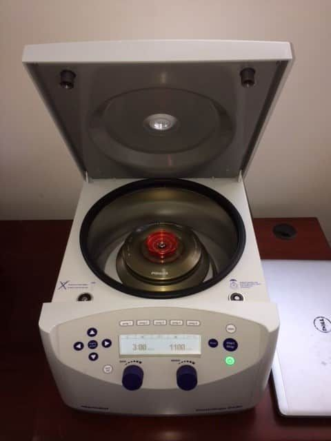 Eppendorf 5430 benchtop centrifuge with FA-45-24-11-HS rotor