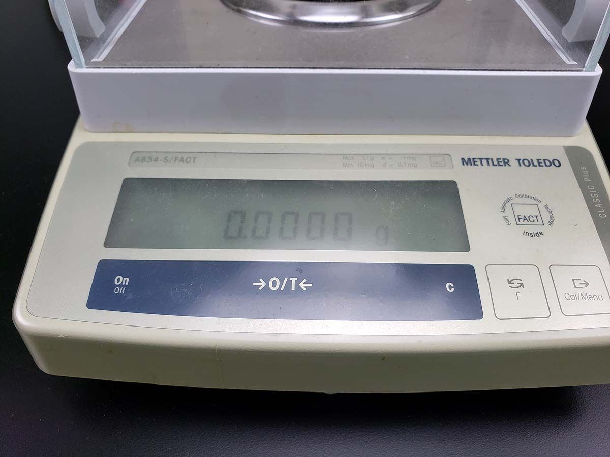 Analytical balance (51g x 0.1mg) with internal calibration | Mettler Toledo AB54-S FACT (Warranty and Free Shipping)