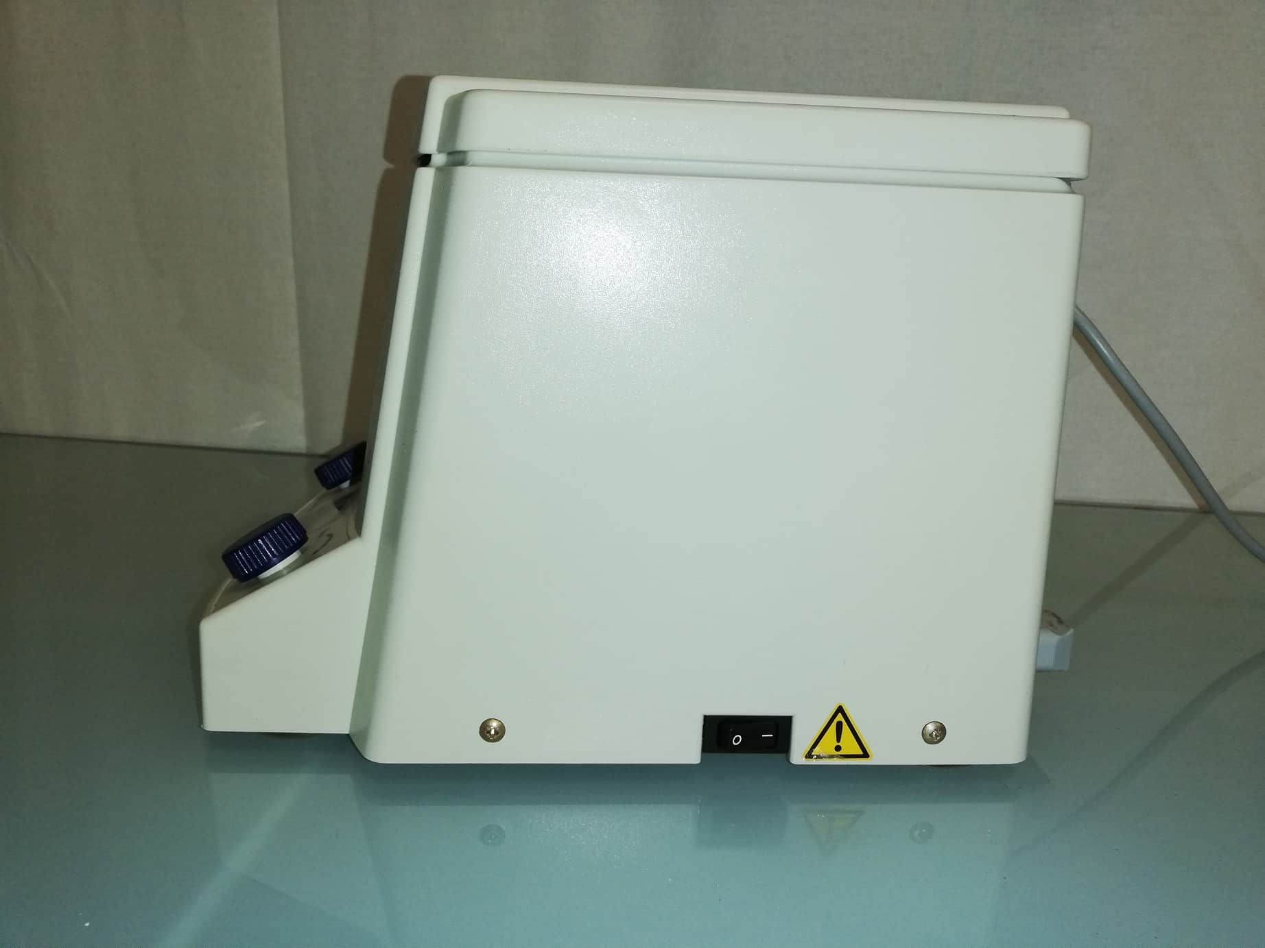 Eppendorf 5415D digital table top microfuge (centrifuge) with rotor F-45-24-11