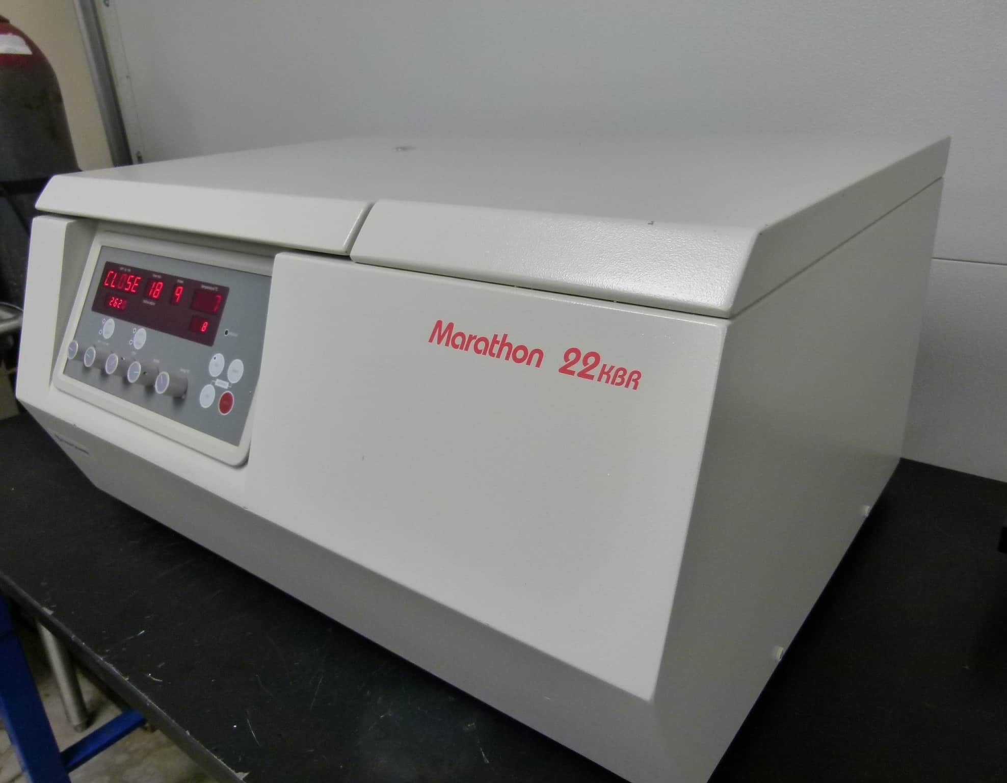 Fisher Scientific Marathon 22KBR Refrigerated Bench-Top Centrifuge