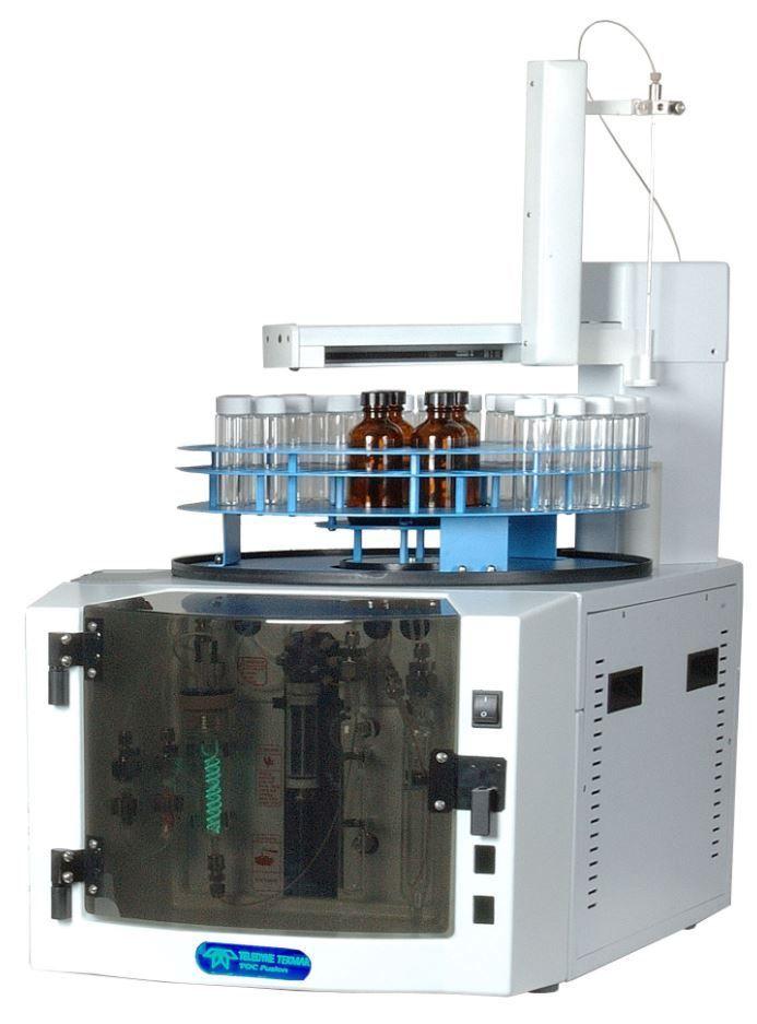 Fusion UV/Persulfate TOC Analyzer