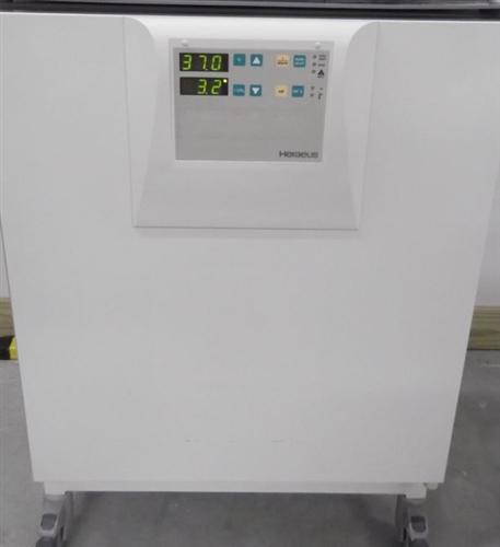Heracell 240 CO2 Incubator