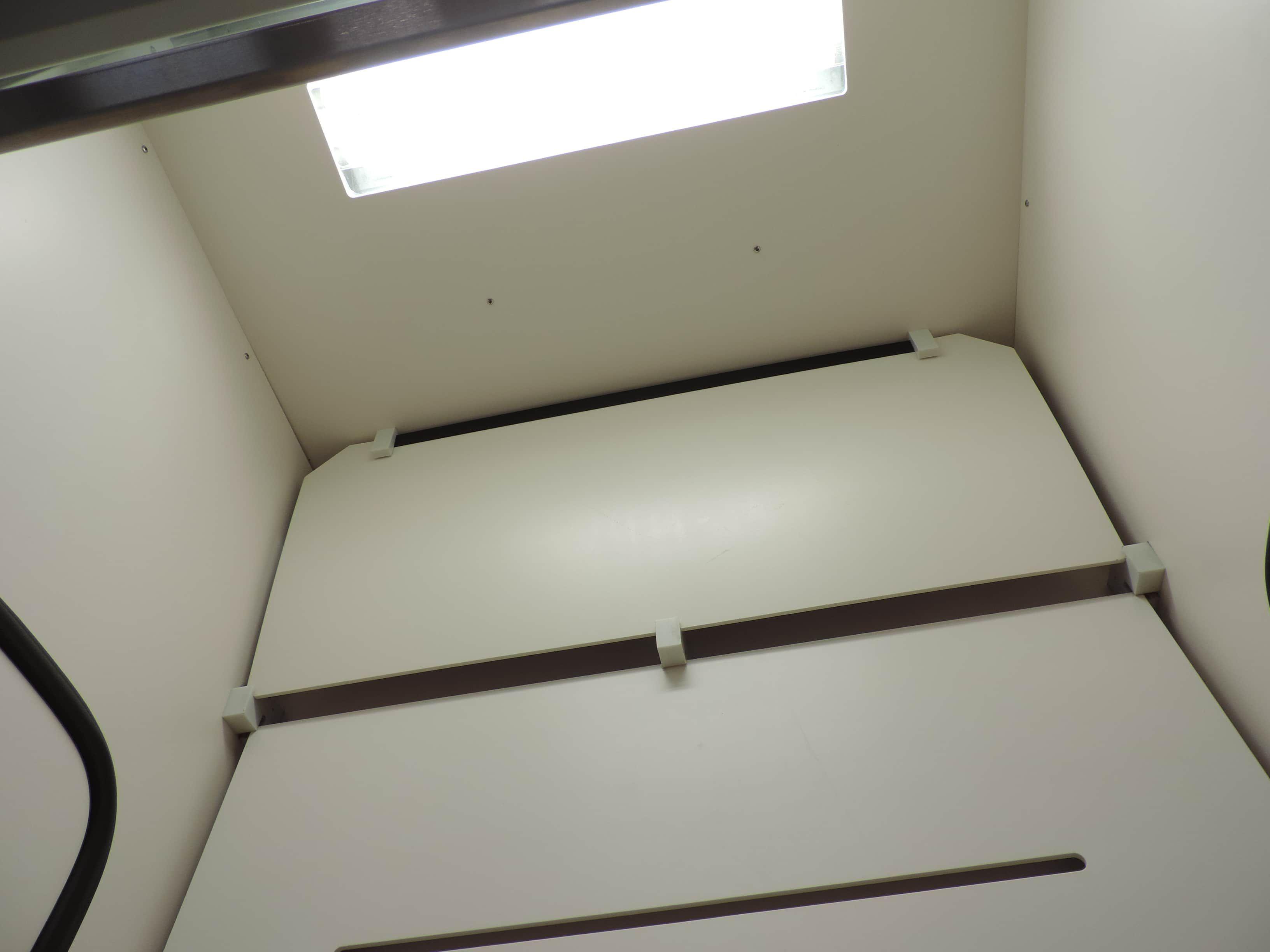 Hanson™ 3ft Laboratory Fume Hood (Bench Mount)
