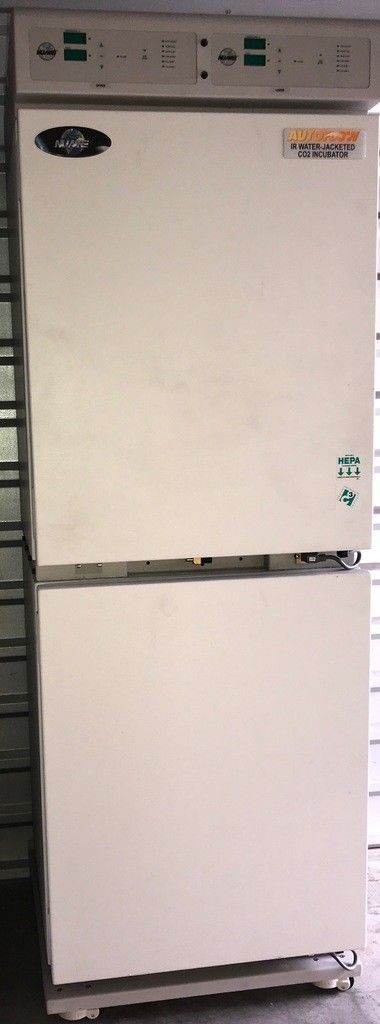 2015 NuAire NU-8700 Water Jacketed CO2 Incubator Double Stack (fully tested)