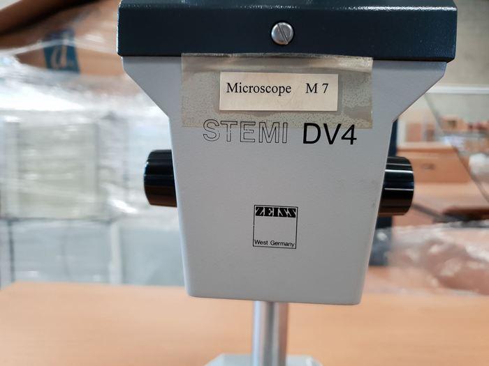 Zeiss Stemi DV4 Microscope
