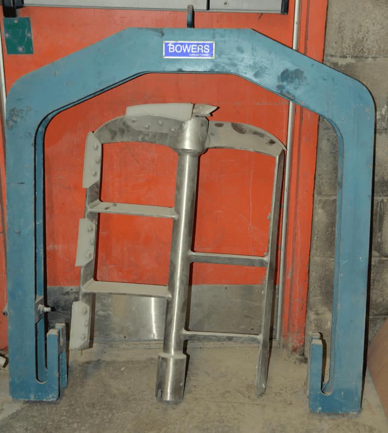Bowers 50 US Gallon Vacuum Mixer with Single Shaft Anchor-Scraper