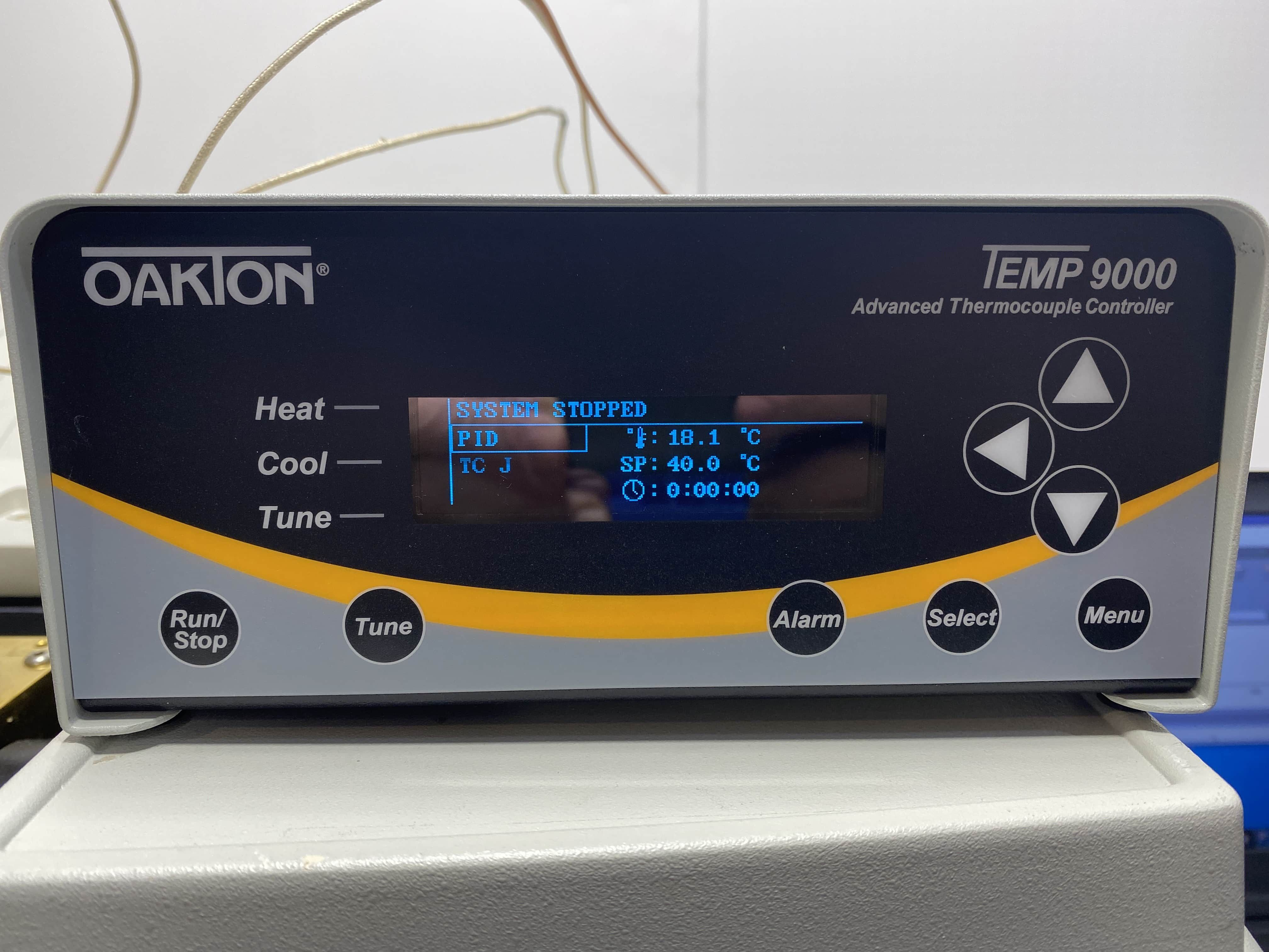 Thermo Nicolet 6700 with Nicolet 10 meter heated gas cell and MCT detector