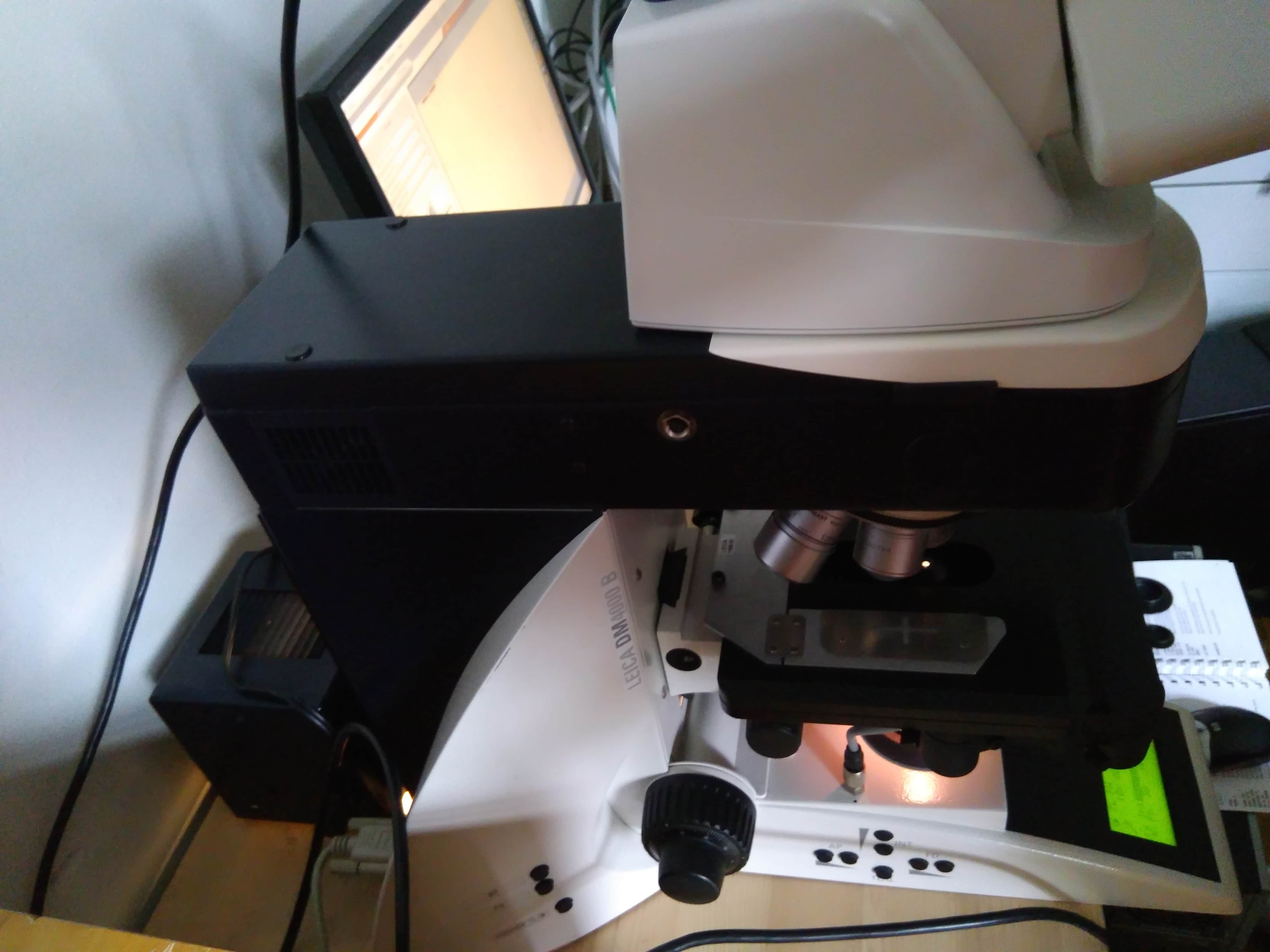 Leica DM4000 B Digital Automated Transmitted Light Axis Microscope