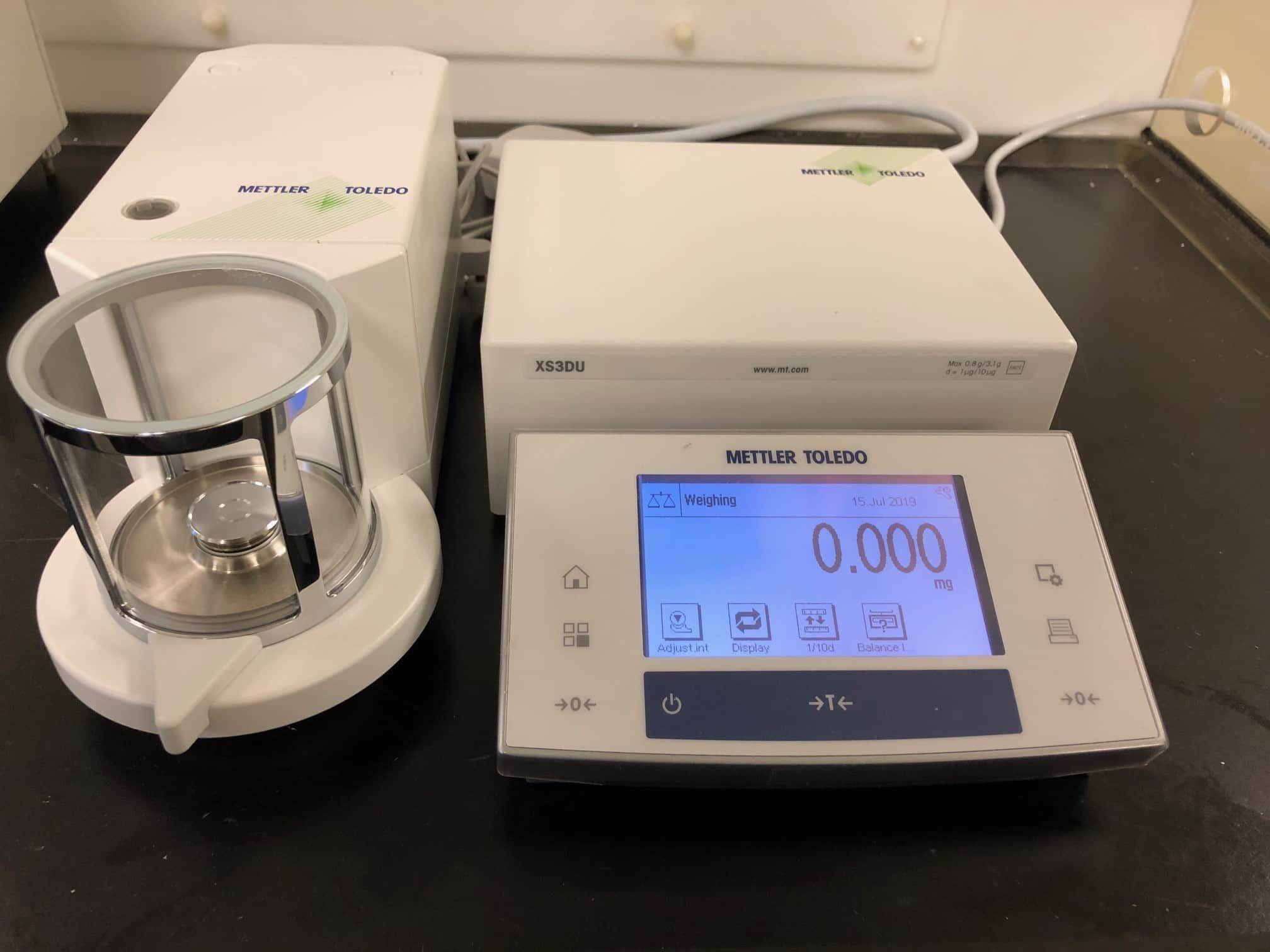 Mettler Toledo XS3DU Microbalance Calibrated w/ 90 Day Warranty