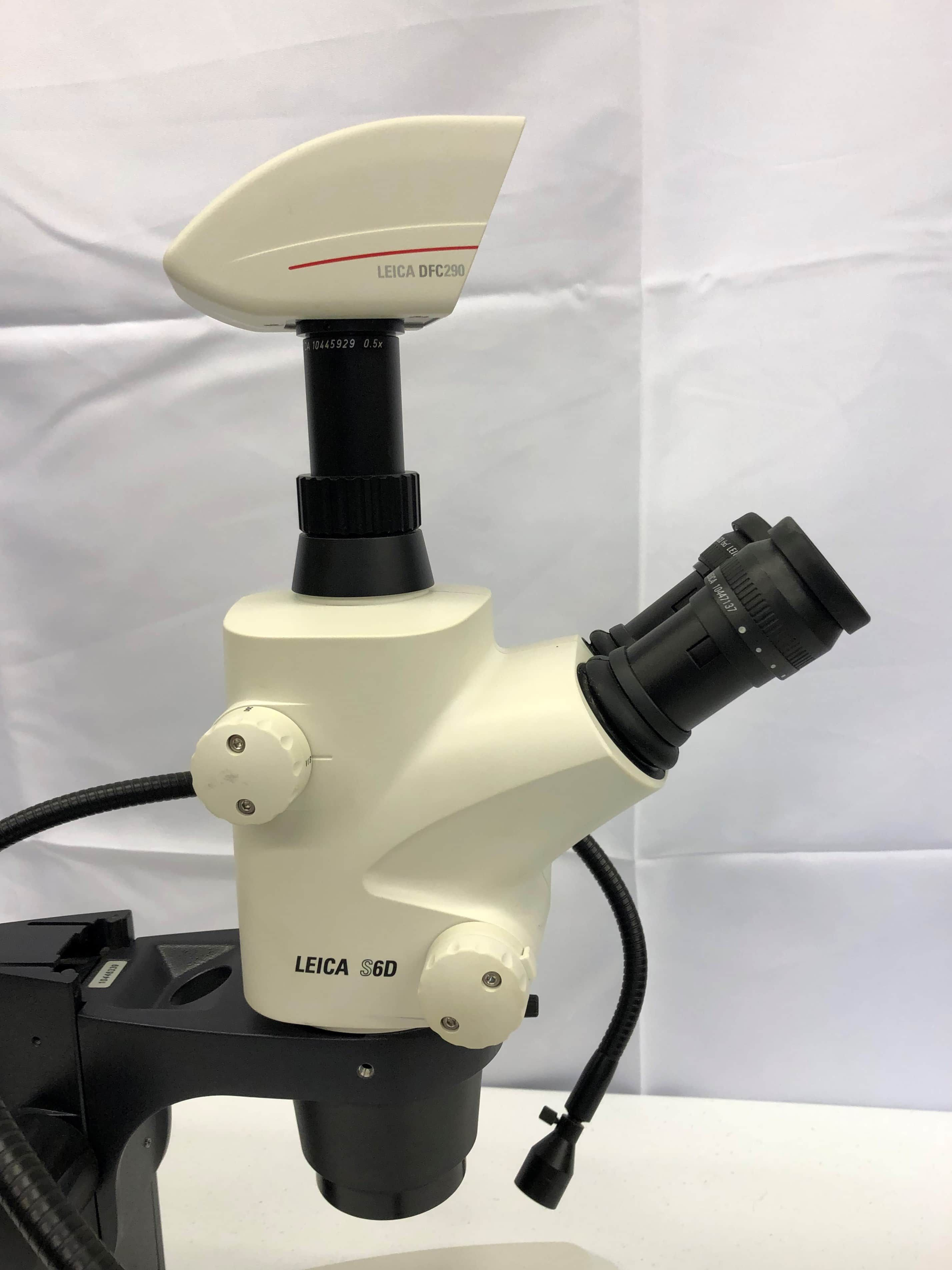 Leica S6d Stereo Zoom  Microscope with L2 Lightsource