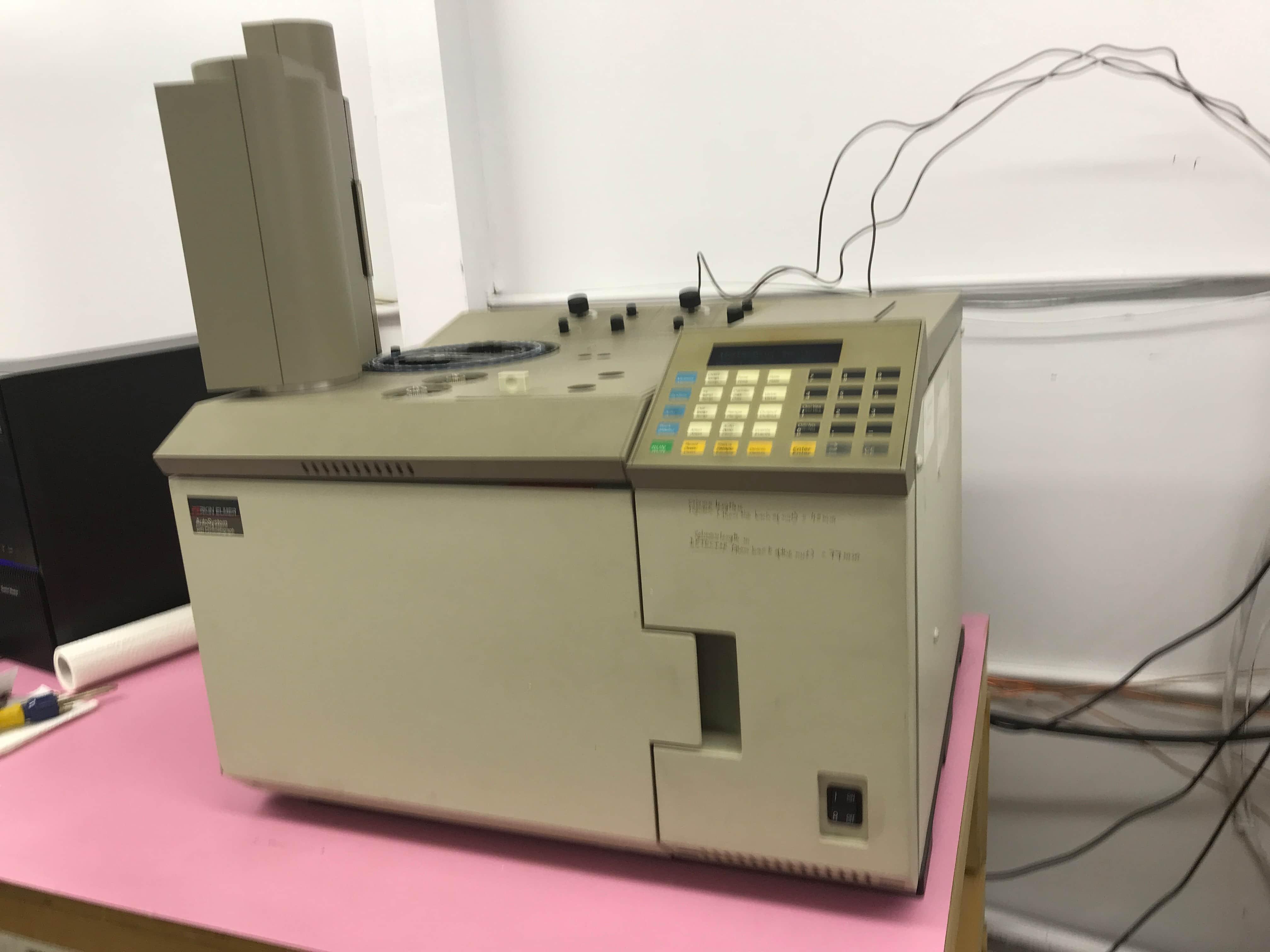 Perkin Elmer AutoSystem Gas Chromatograph