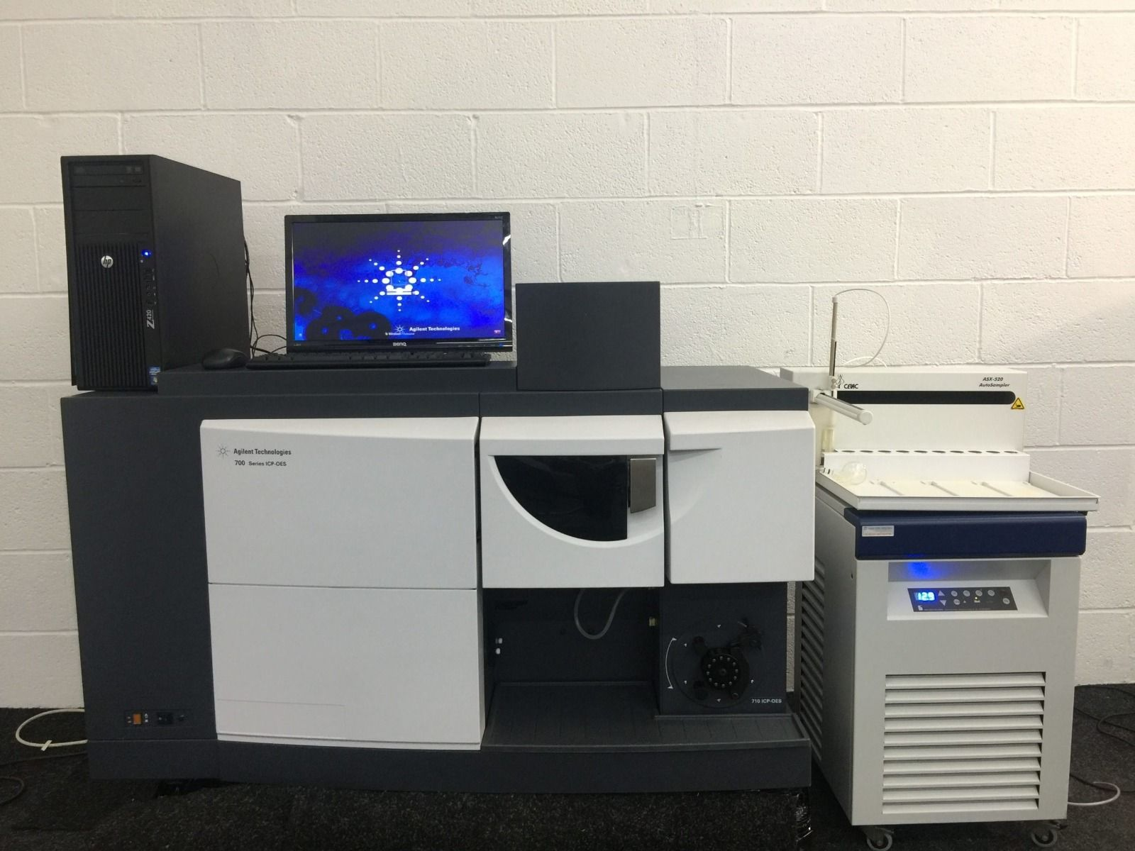 Agilent 700 Series ICP-OES System with Autosampler ASX-520