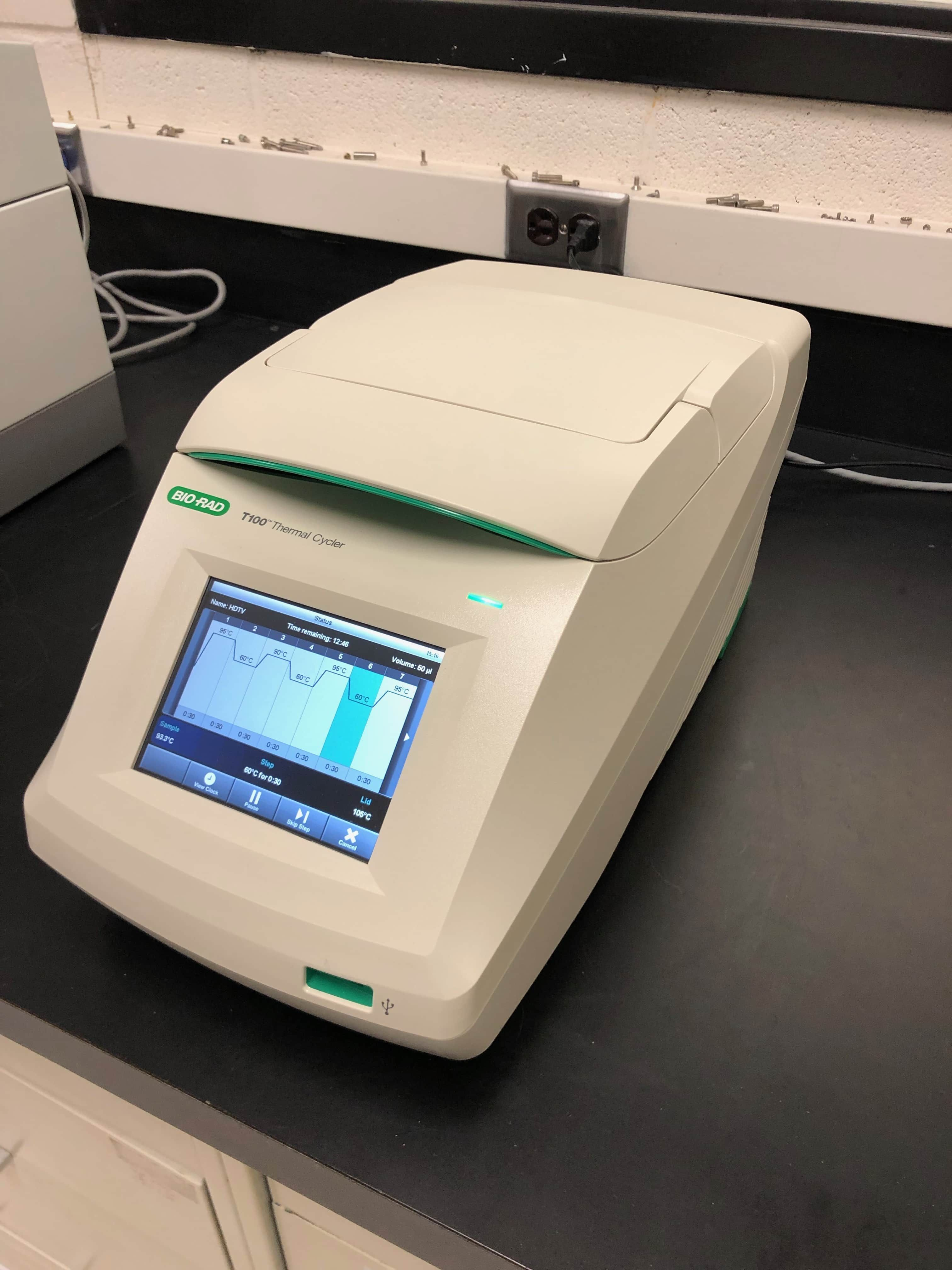 BIO-RAD T100 Gradient 96 well PCR Thermal Cycler-Like New condition Year 2016!