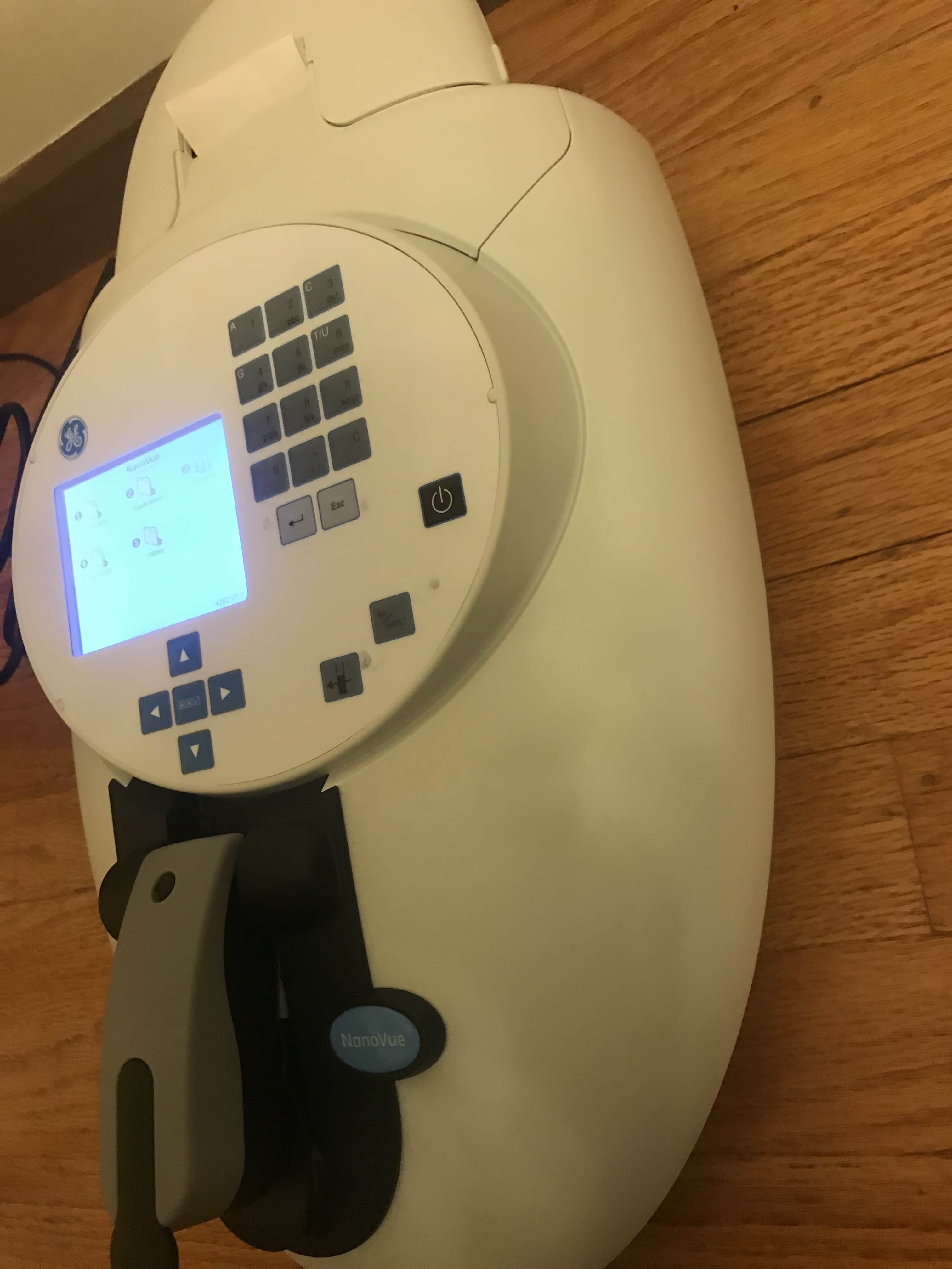 GE Healthcare NanoVue UV/Visible Spectrophotometer with Integrated Printer