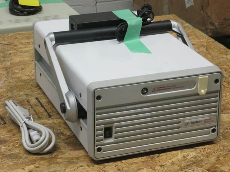 Agilent Technologies 3000A Micro GC (G2801A)