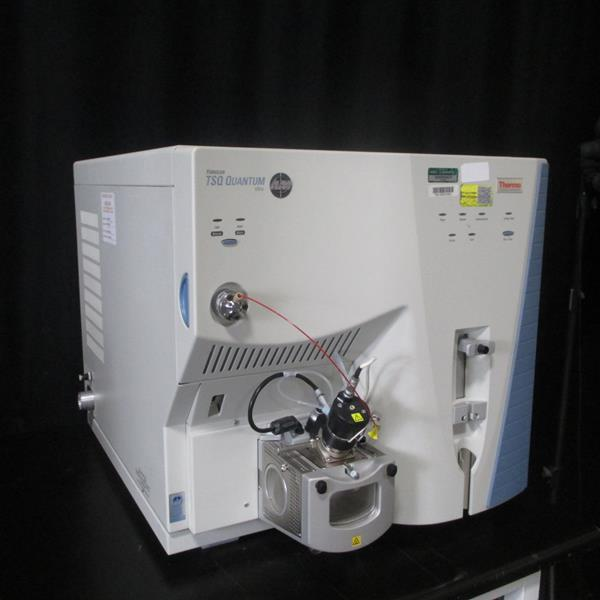 Thermo TSQ Quantum Ultra Mass Spectrometer with Thermo Ultimate 3000 HPLC System