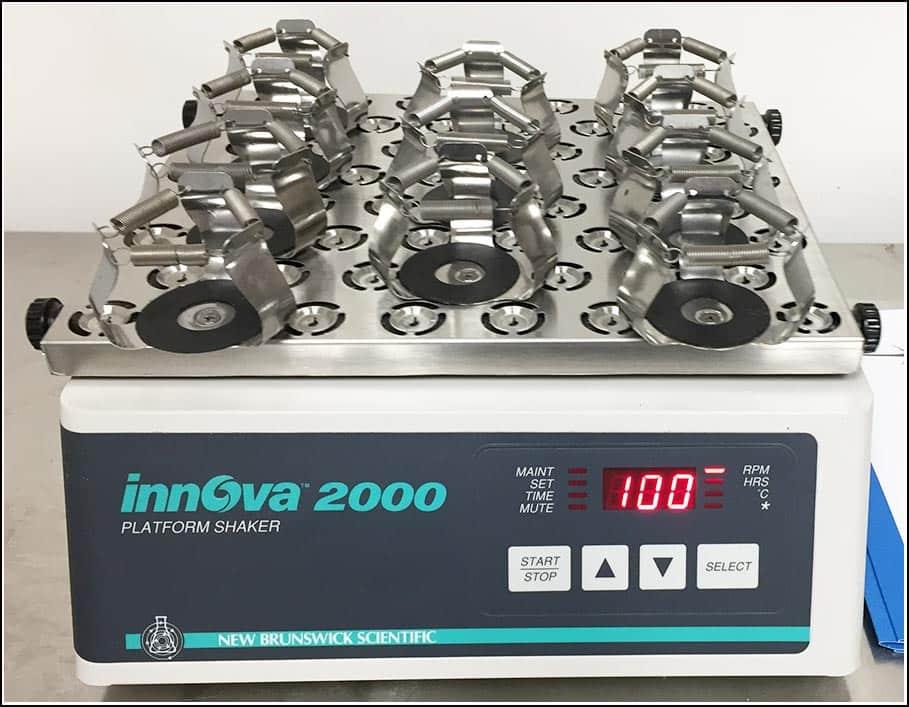New Brunswick Innova 2000 Platform Shaker w WARRANTY